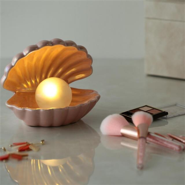 Francfranc(フランフラン)のフランフラン シェルランプ インテリア/住まい/日用品のライト/照明/LED(テーブルスタンド)の商品写真