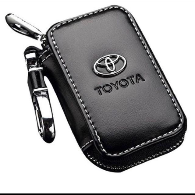トヨタ(トヨタ)の新品未使用 トヨタ キーケース TOYOTA レザー 自動車/バイクの自動車(車外アクセサリ)の商品写真