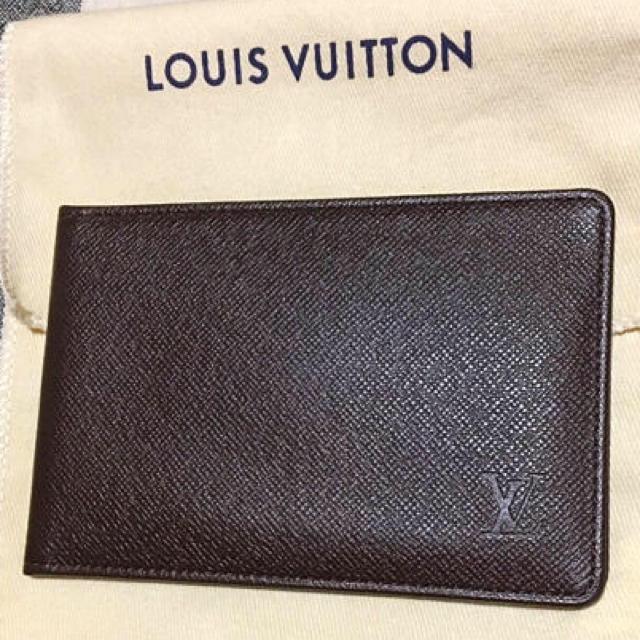 LOUIS VUITTON(ルイヴィトン)のLOUISVUITTONのパスケース&カード入れ レディースのファッション小物(パスケース/IDカードホルダー)の商品写真