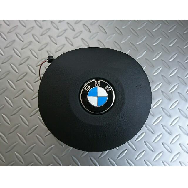 BMW(ビーエムダブリュー)のBMW E46 M3 純正ステアリング 美品 自動車/バイクの自動車(車種別パーツ)の商品写真