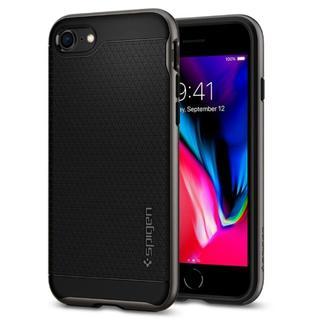 シュピゲン(Spigen)の米国ブランド iPhone8/7/8Plus ケース ヘリンボーン ガンメタ(iPhoneケース)