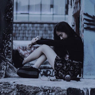 ユニフ(UNIF)のmorph8ne Black short skirt (ミニスカート)