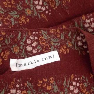 マーブルインク(marble ink)のマーブルインク リネンコットンお花柄スカート(ひざ丈スカート)