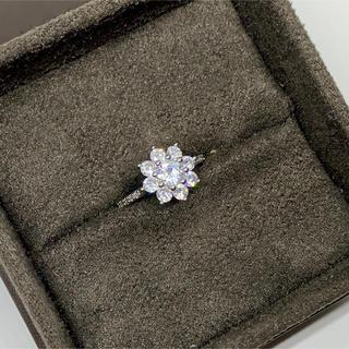 ハリーウィンストン(HARRY WINSTON)のwhite gold cz diamond flower ring(リング(指輪))