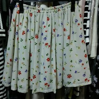 ニーナミュウ(Nina mew)の花柄 スカート チュールスカート 春 花柄 白 ベージュ 秋(ひざ丈スカート)
