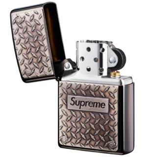 Supreme - Diamond Plate Zippo®
