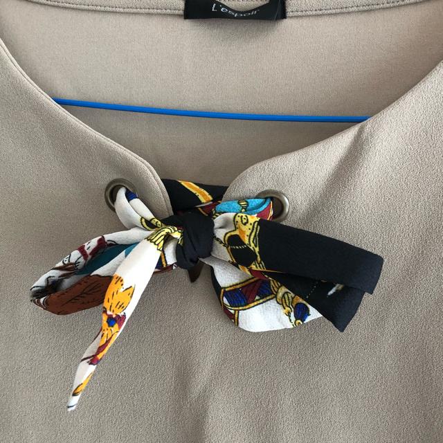 しまむら(シマムラ)のしまむら 新品未使用 今季 首元スカーフ付 レディースのトップス(カットソー(長袖/七分))の商品写真