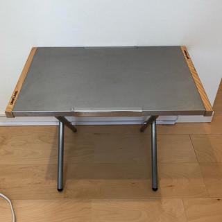 ユニフレーム(UNIFLAME)の9日21時まで限定値下げ!ユニフレーム  焚き火テーブル(テーブル/チェア)