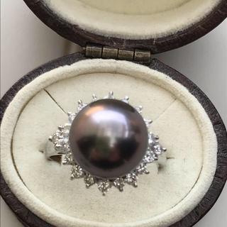 新品Pt 黒蝶貝 パールダイヤモンドリング(リング(指輪))