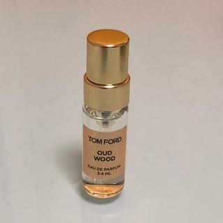 トムフォード(TOM FORD)のTOMFROD  トムフォード ウードウッド  サンプル 香水(ユニセックス)