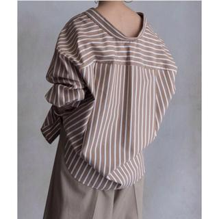エンフォルド(ENFOLD)の再出品 極美品 ENFOLD ストライプシャツ 36(シャツ/ブラウス(長袖/七分))