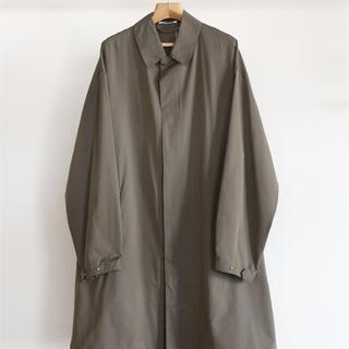 コモリ(COMOLI)のAURALEE FINX SILK CHAMBRAY COAT コート(ステンカラーコート)