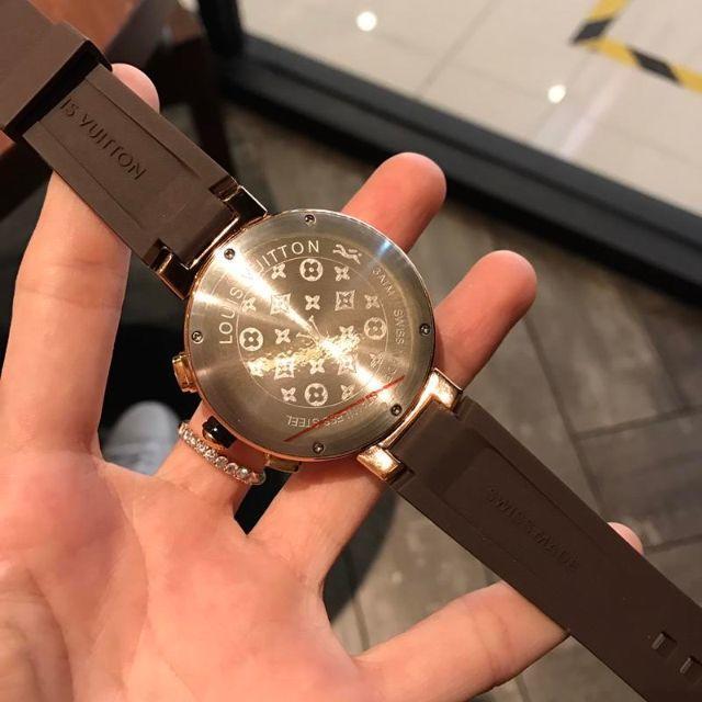 LOUIS VUITTON(ルイヴィトン)のラバーベルト LOUIS VUITTON ヴィトン 腕時計 ファッション 人気 メンズの時計(ラバーベルト)の商品写真
