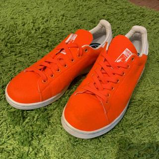 アディダス(adidas)のスタンスミス *(スニーカー)