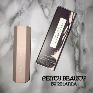 セフォラ(Sephora)の新品✧FENTY BEAUTY✧スティック(フェイスカラー)