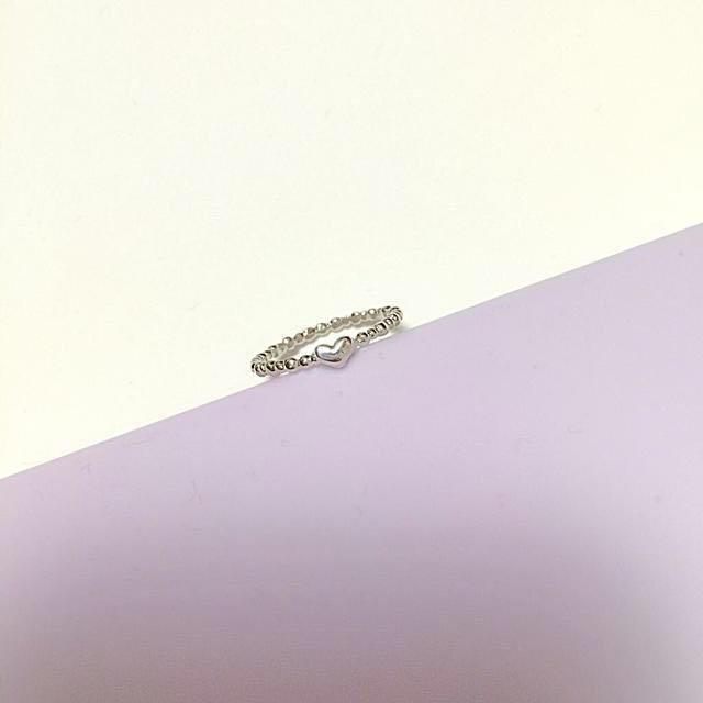 ハートピンキーリング レディースのアクセサリー(リング(指輪))の商品写真