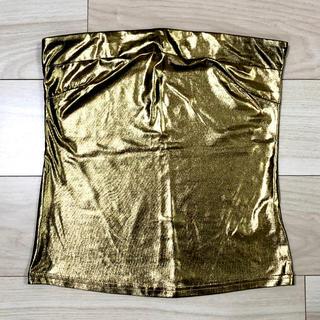 アンズ(ANZU)のゴールド 金 ベアトップ チューブトップ(ベアトップ/チューブトップ)