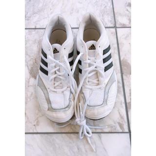アディダス(adidas)のアディダス 23.5cm adidas スニーカー 靴 体育館 シューズ(バドミントン)