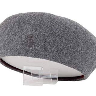 ヴィヴィアンウエストウッド(Vivienne Westwood)のライトグレー  ベレー帽  新品未使用(ハンチング/ベレー帽)