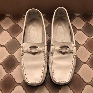 トッズ(TOD'S)のトッズ ローファー(ローファー/革靴)