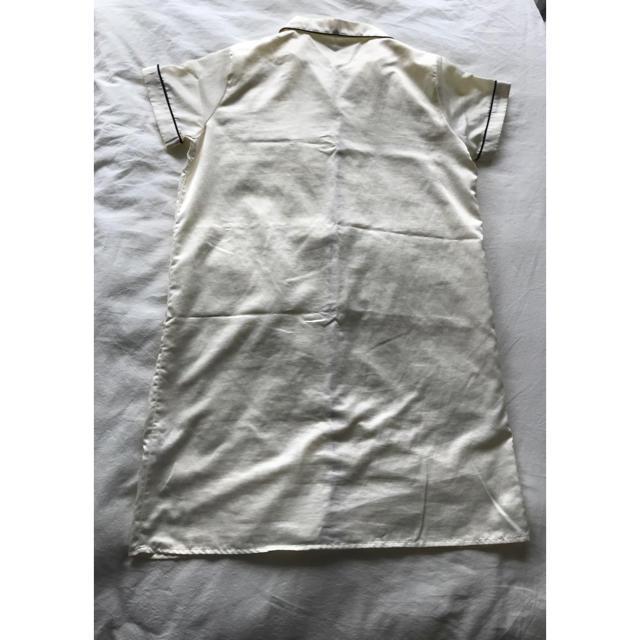 GU(ジーユー)のGU ジーユー  パジャマ ワンピース 半袖 サテン レディースのルームウェア/パジャマ(パジャマ)の商品写真