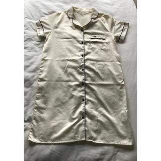 ジーユー(GU)のGU ジーユー  パジャマ ワンピース 半袖 サテン(パジャマ)
