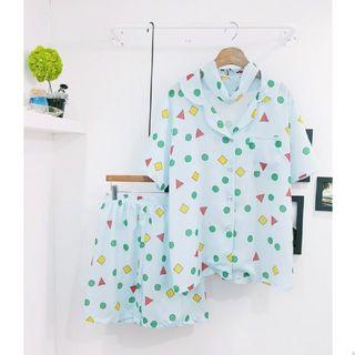 ジーユー(GU)のぞぉぉた様専用*【5/17まで予約販売】クレヨンしんちゃんパジャマ(パジャマ)