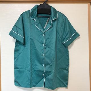 ジーユー(GU)の【新品・タグ付】 GU ジーユー パジャマ(サテン) 半袖&ショートパンツ(パジャマ)