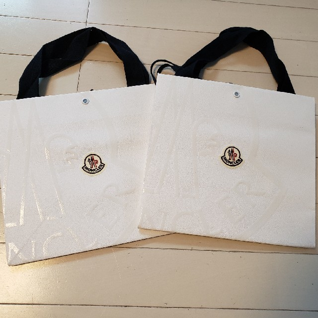 MONCLER(モンクレール)のMONCLERショップバック 小2枚セット レディースのバッグ(ショップ袋)の商品写真