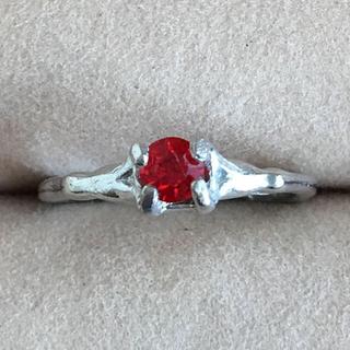 【売約済み】(88)ルビーカラーの一粒ビジューリング ヴィンテージ(リング(指輪))