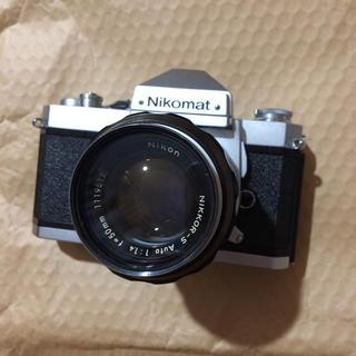 フィルムカメラ Nikomat