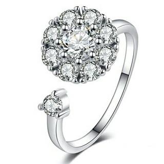 ☆カワイイ くるくる回る 人気 CZダイヤリング フリーサイズ(リング(指輪))
