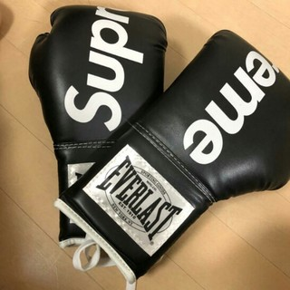 Supreme - エバ一ラスト新品コラボグロ一ブボクシングsupremeSupreme