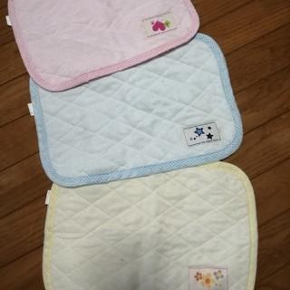 ニシマツヤ(西松屋)の枕パット 3枚セット(枕)