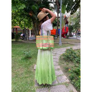 カルディ(KALDI)の 台湾 エコ素材 トートバッグ中サイズ ①黄緑赤 3色細ボーダー(トートバッグ)