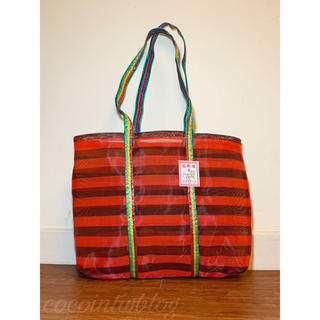 カルディ(KALDI)の台湾 エコ素材 トートバッグ中サイズ ②赤黒 2色ボーダー(トートバッグ)