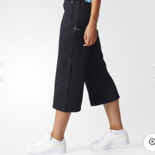 アディダス(adidas)のadidasオリジナルス♡新品未使用パンツ♡(その他)