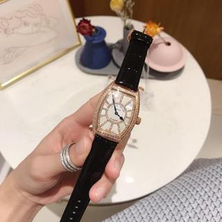 フランクミュラー(FRANCK MULLER)の腕時計 FRANCK MULLER フランクミュラー 専用箱付き クォーツ 人気(腕時計)