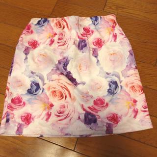 ダチュラ(DaTuRa)のDaTuRa   花柄 タイトスカート バラ(ミニスカート)