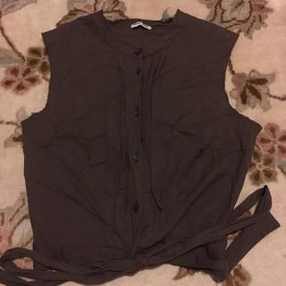 ミュウミュウ(miumiu)のmiumiu  トップス タンクトップ シャツ(カットソー(半袖/袖なし))
