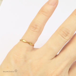 1号サイズ ステンレス製 イエローゴールド波つやリング 指輪 (リング(指輪))