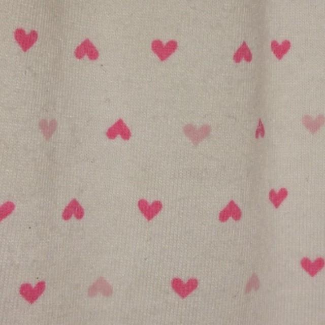 しまむら(シマムラ)の110ハート柄Tシャツ キッズ/ベビー/マタニティのキッズ服 女の子用(90cm~)(Tシャツ/カットソー)の商品写真