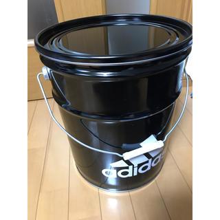 アディダス(adidas)の【未使用】adidas缶(その他)