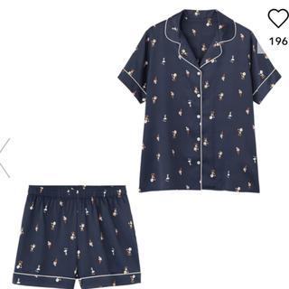 ジーユー(GU)のGU サテンパジャマ 半袖&ショートパンツ PEANUTS 新品 M ネイビー(パジャマ)