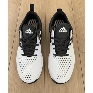アディダス(adidas)の価格見直し!未使用 adidas スパイクレスゴルフシューズ(シューズ)