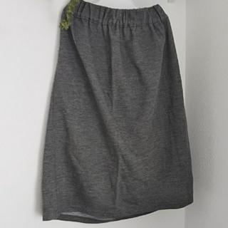シマムラ(しまむら)のグレーのスカート(ひざ丈スカート)