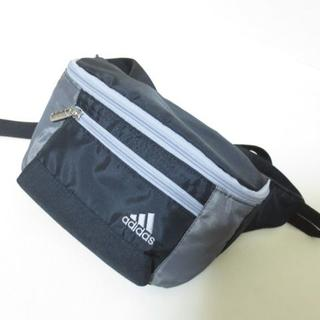 アディダス(adidas)のアディダス ブラック×グレー ウエストバッグ ポーチ K282 (ボディバッグ/ウエストポーチ)