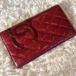 463635a10670 シャネル(CHANEL)のCHANEL正規品!カメリアキルティングウォレット 赤 レッド(財布