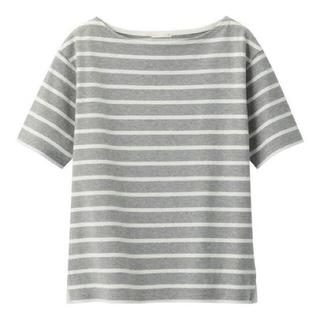 ジーユー(GU)の土日限定値下♡ボーダーボートネックT GU グレー(Tシャツ(半袖/袖なし))