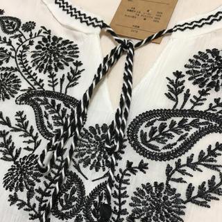 シマムラ(しまむら)の刺繍 ブラウス(シャツ/ブラウス(半袖/袖なし))